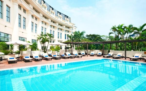 Combo Du Lịch Hà Nội: Vé Máy Bay + Hilton Hanoi Opera 5*